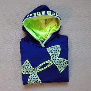 Youth Large Underarmour dryfit Hoodie Great con.